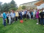 Засадување на еТвининг дрво во училишниот двор
